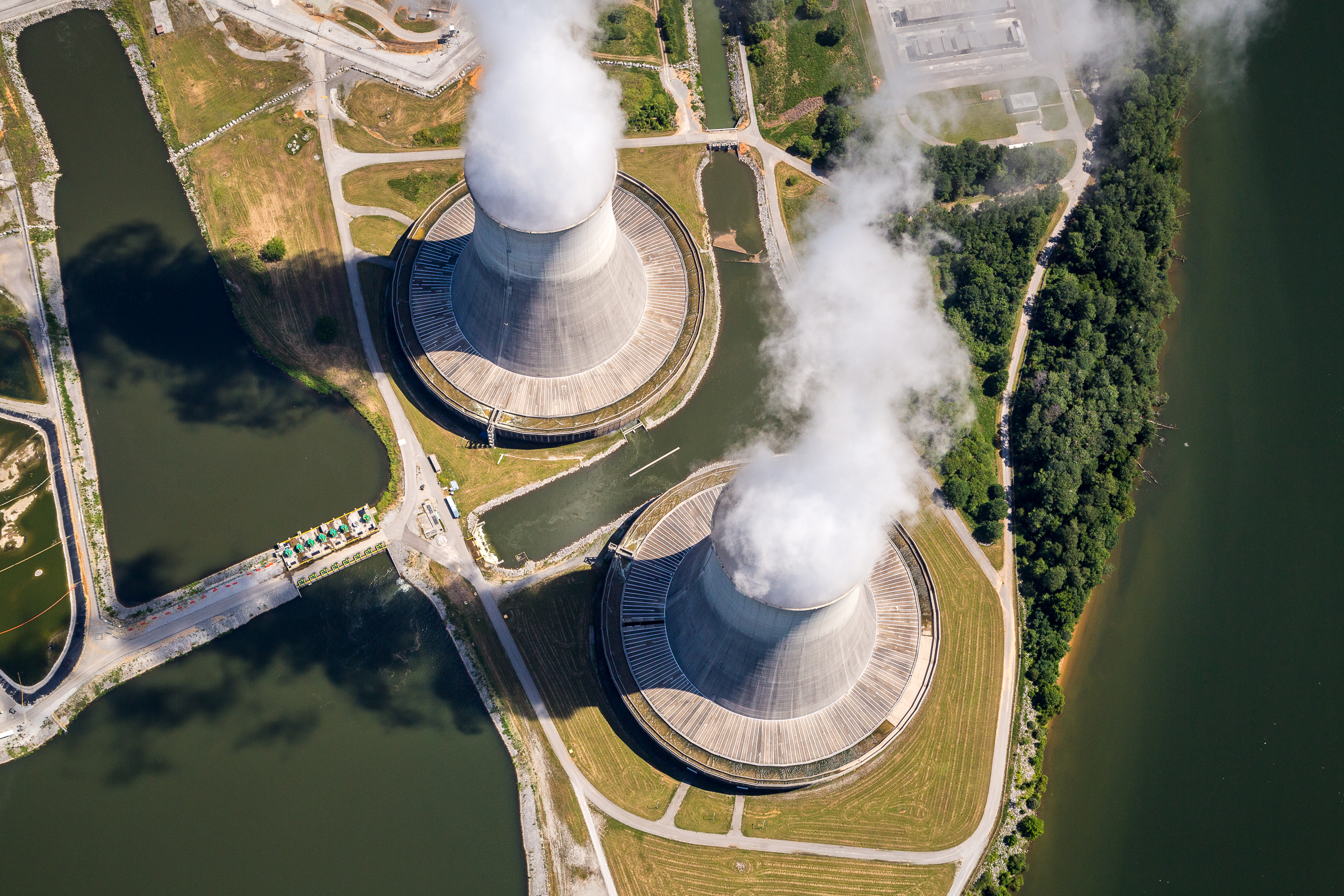Sequoyah Nuclear Plant, Soddy Daisy, Tennessee.