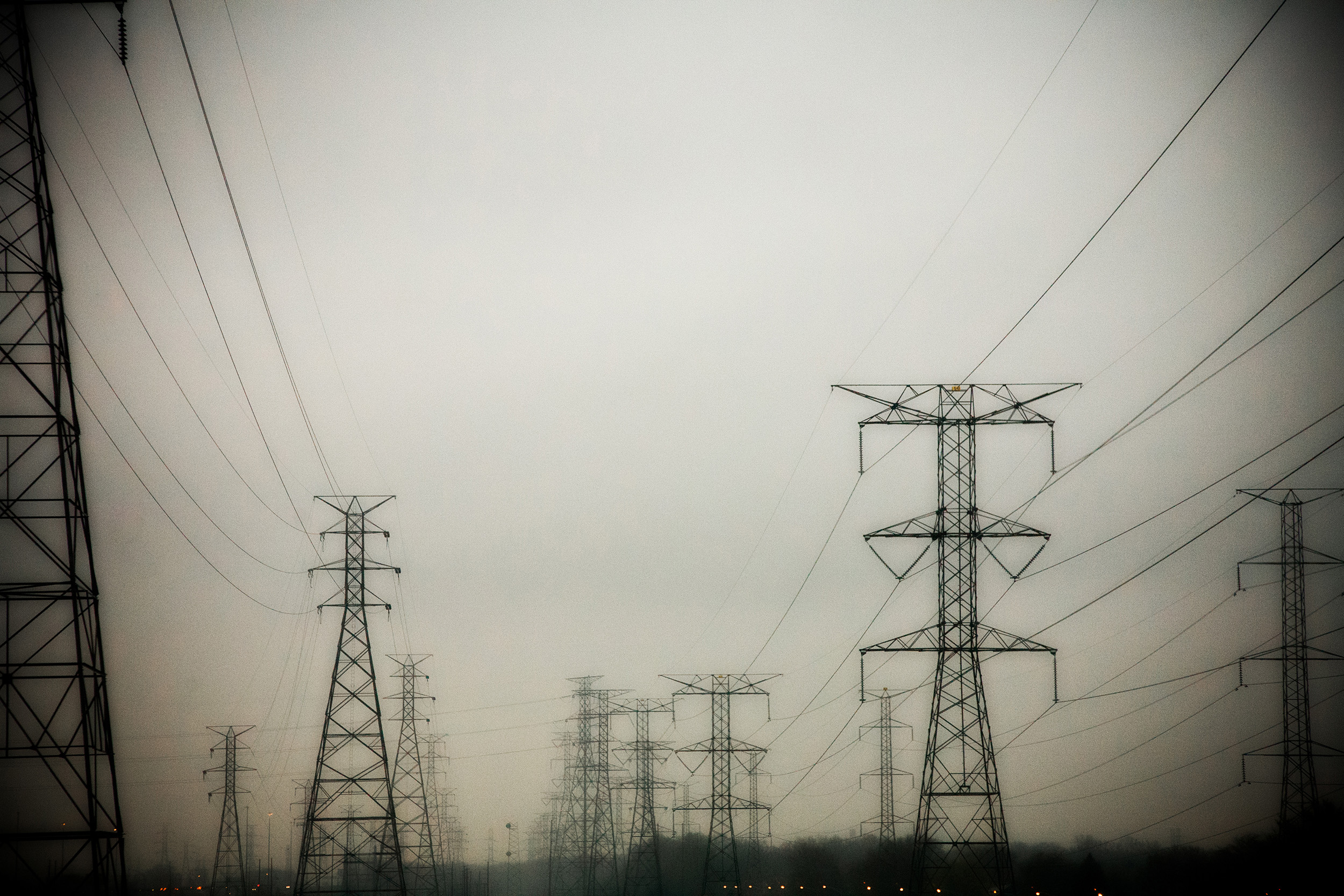 RSmith_ElectricalTowers-7039_2500.jpg