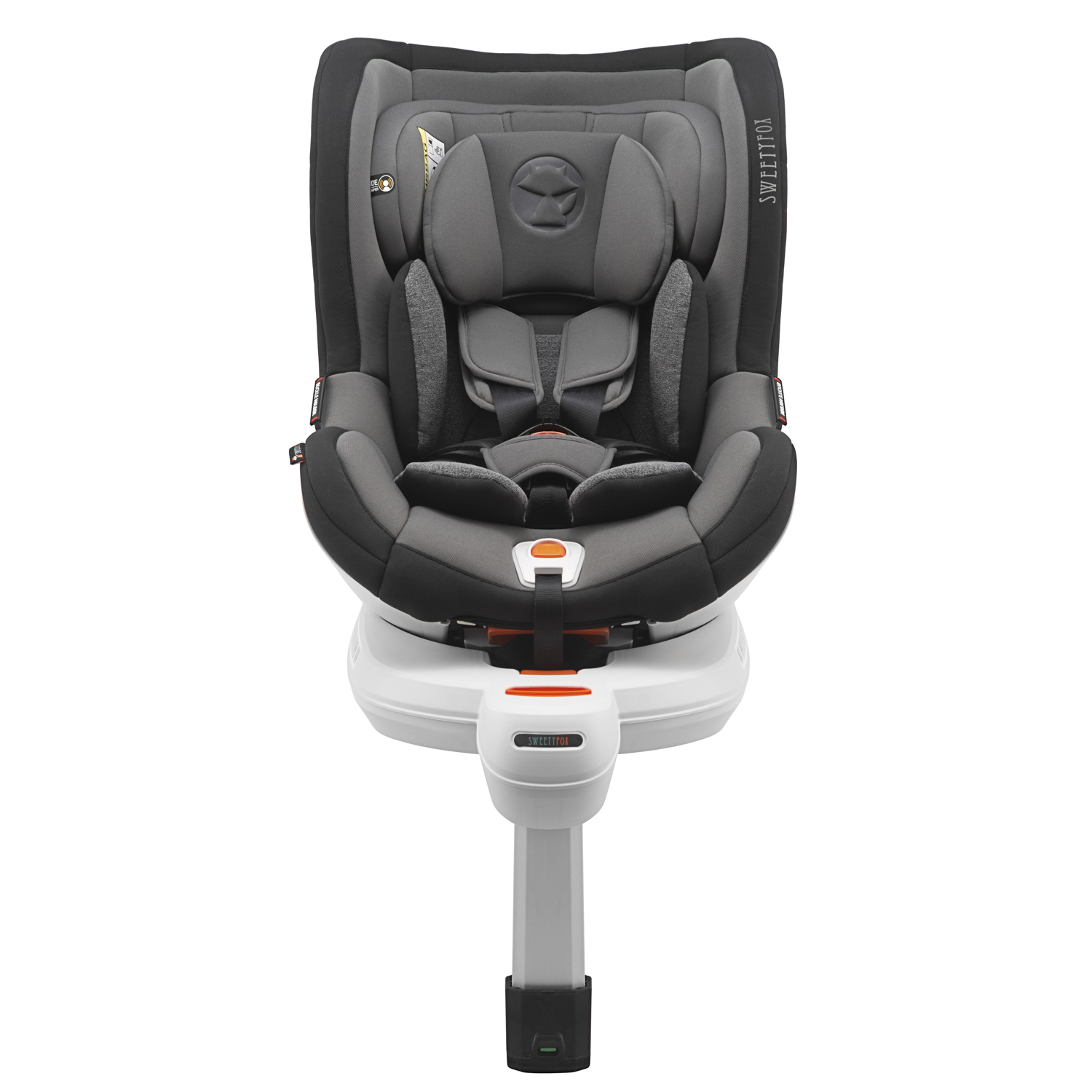 lettstudio_packshot_white_background_carseat1.jpg