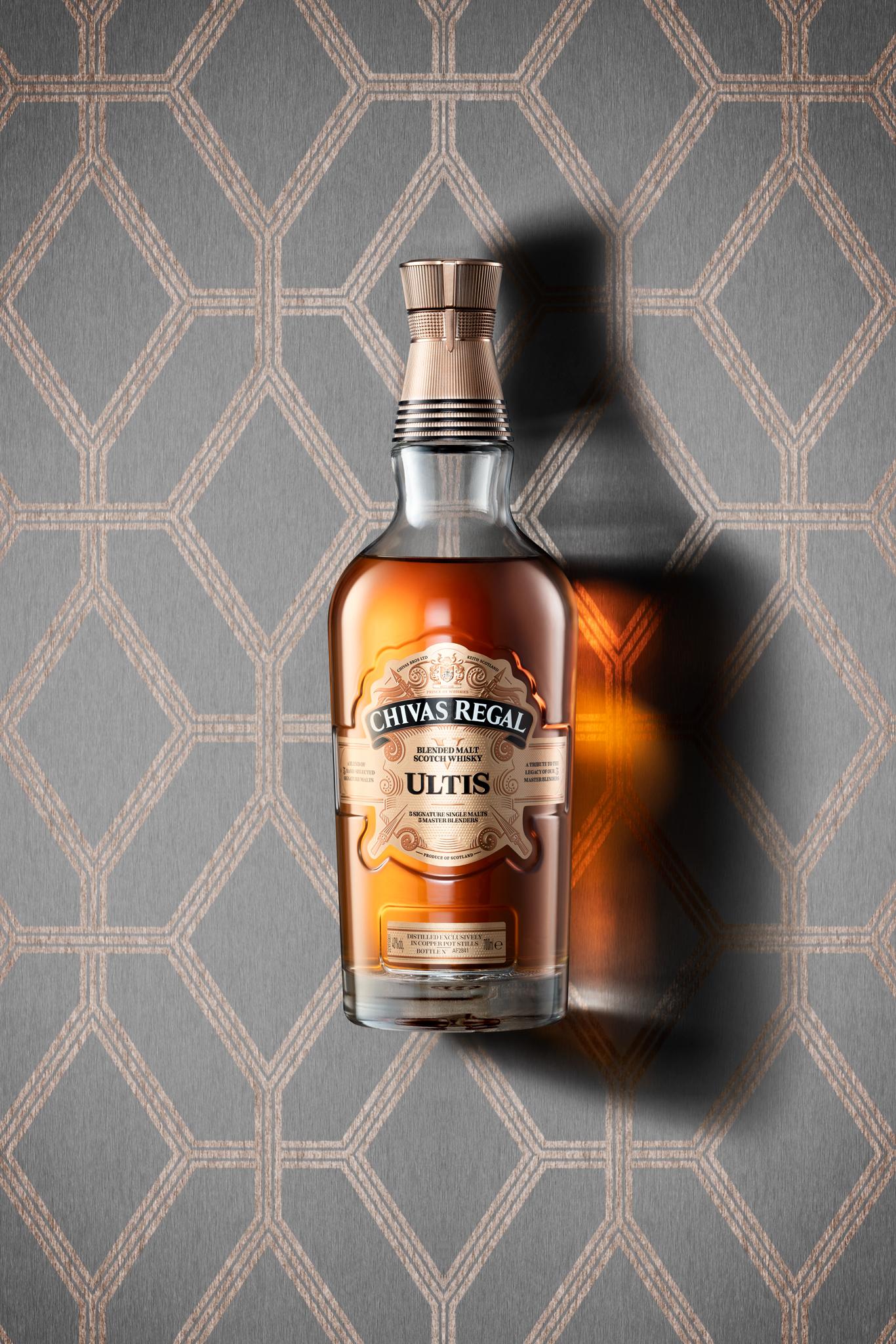 lettstudio_photography_beverage_whisky_chivas_ultis-v2.jpg