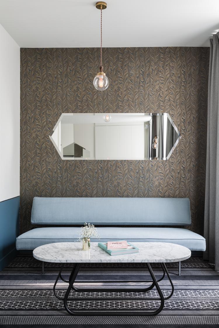 6.thedesignedit-hotelpanache-suitebluesofa.png