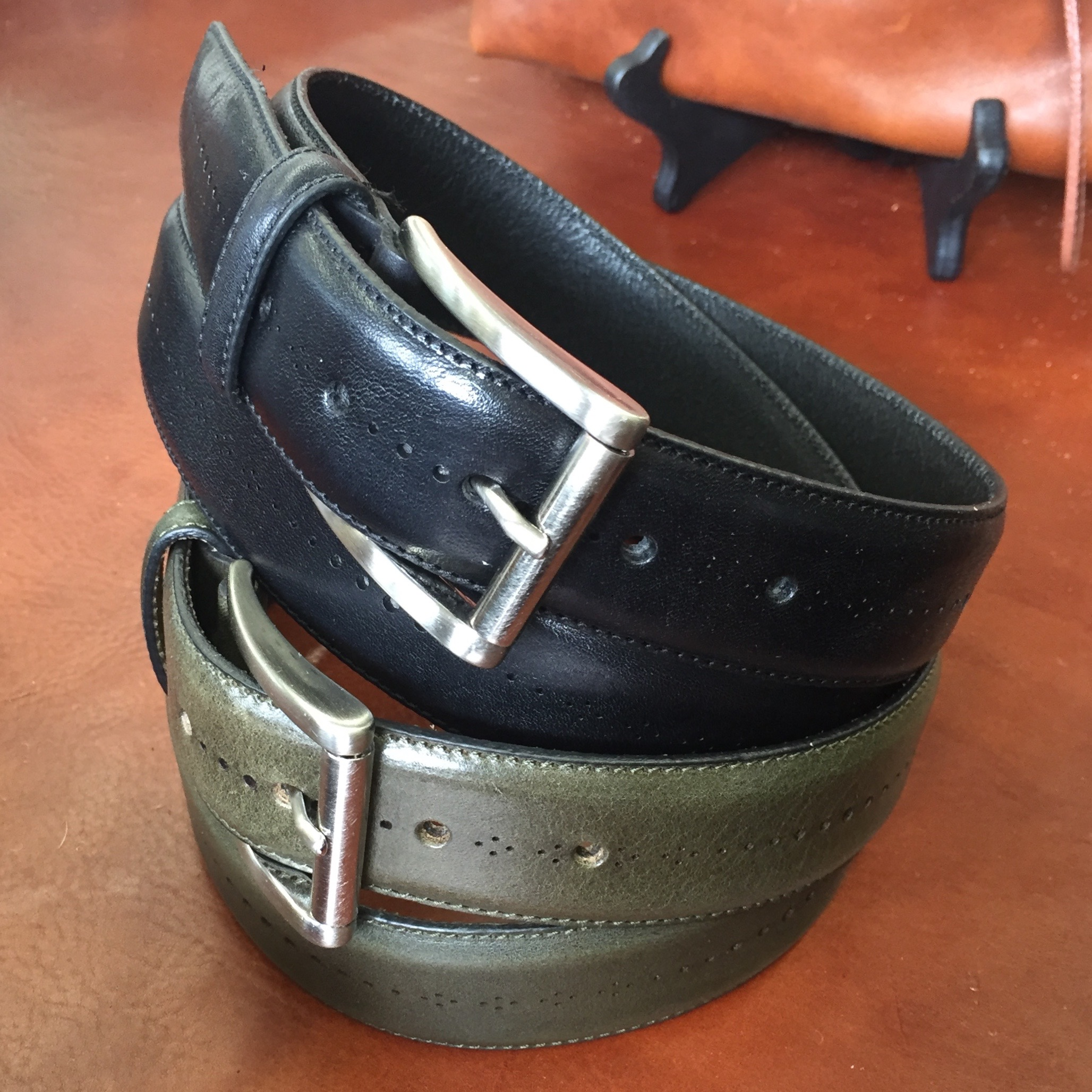 A couple of very chic understated belts for men. That green is delish.