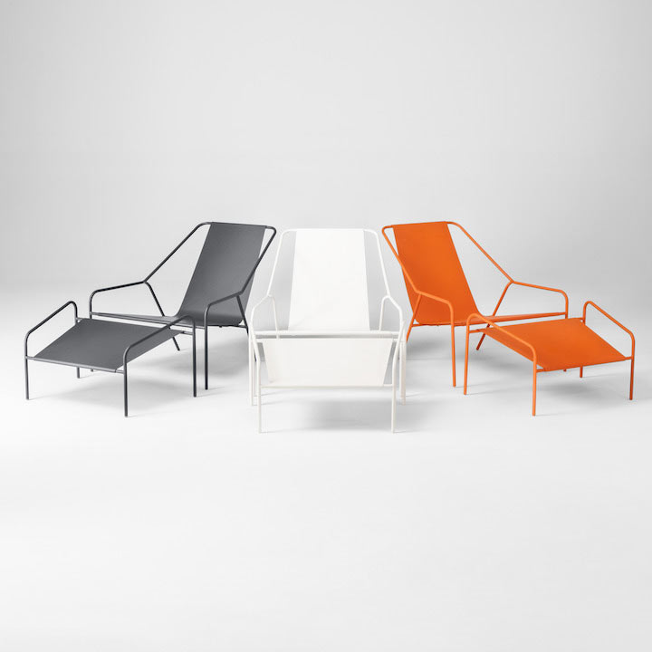 If these are outdoor chairs I will need 4 please. Can't decide white or black. Wish there was a Tuileries Gardens Green. Spray paint?