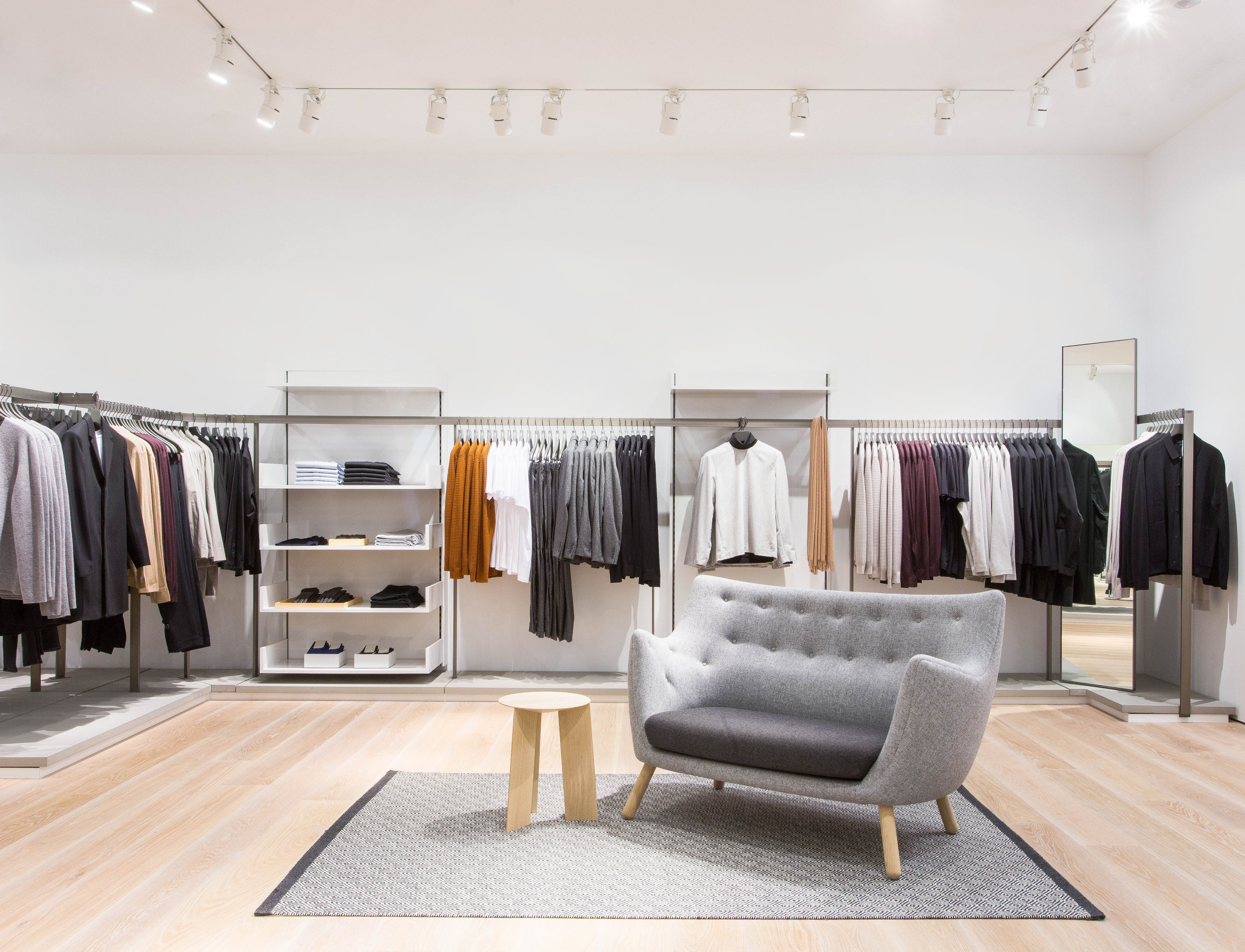 COS Store Yorkdale