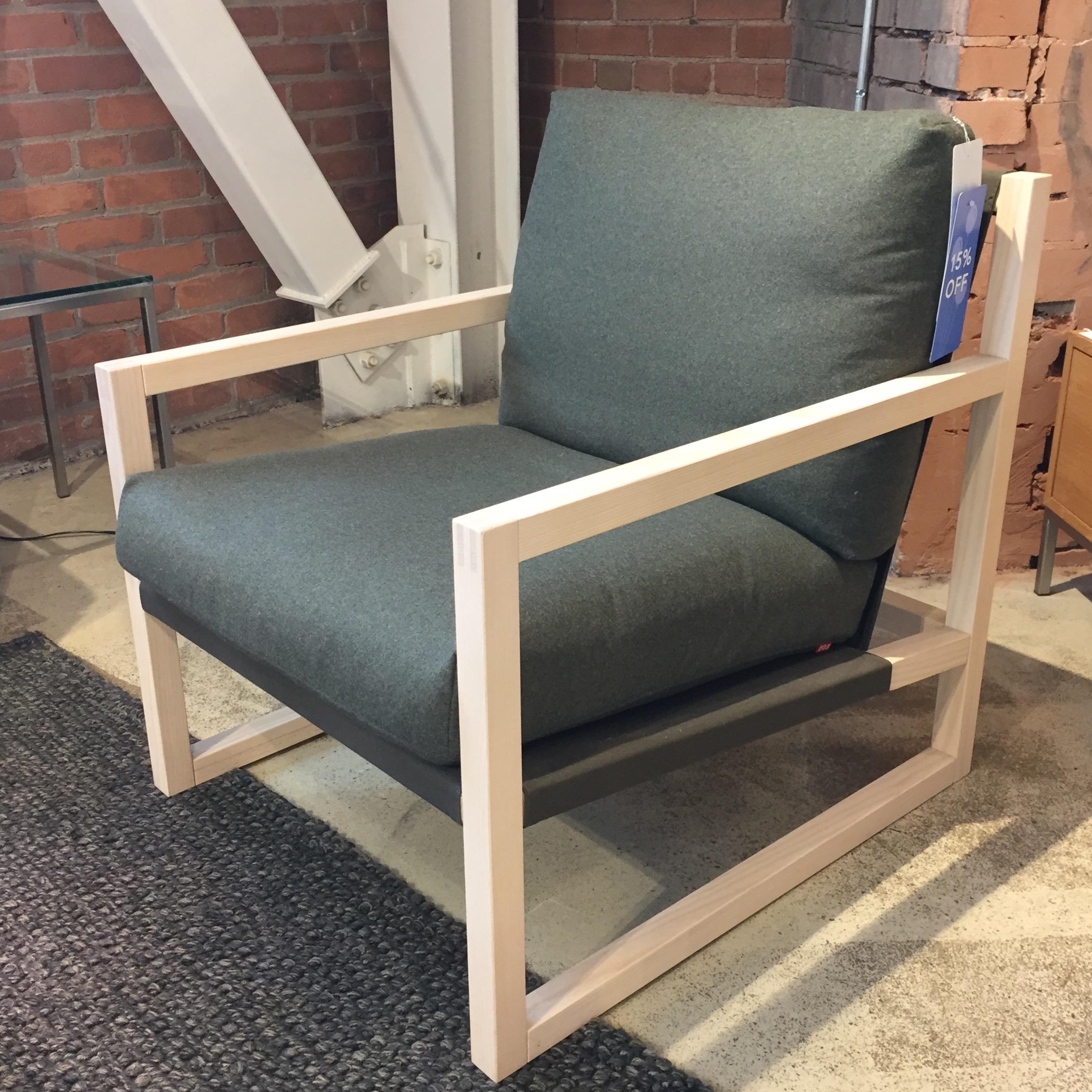 9. Chiara Lounge Chair