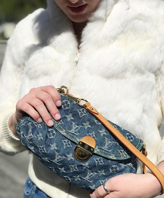 New to our #colonial location is this #louisvuitton #blue #denim #pleaty #mini #convertible #clutch for $380! Also featured is a #faux #fur #small #zip #jacket for $30! #downtownorlando #designer #vintage #buyselltrade #monogram #trending #2000sfashion #dechoes #orlando #igseller #igfashion