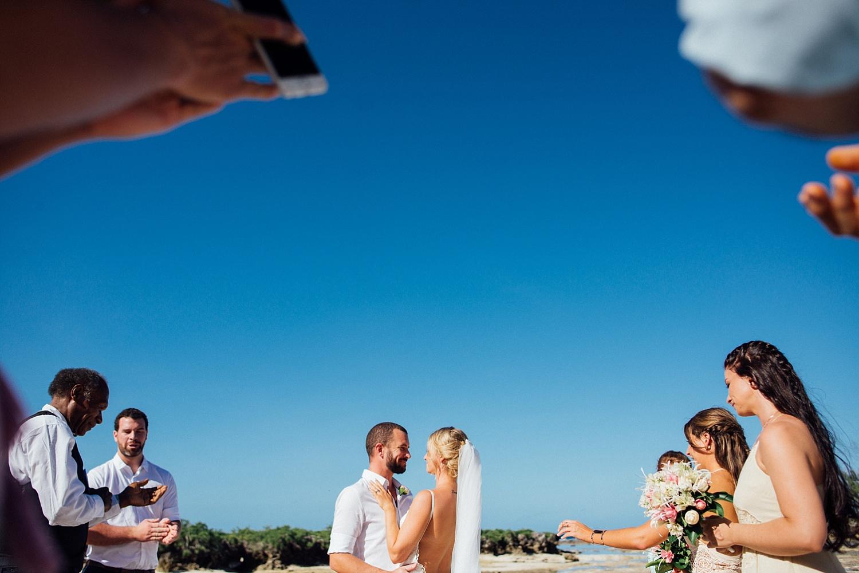 Jess&Luke-wedding-Vanuatu-Groovy-Banana_0021.jpg
