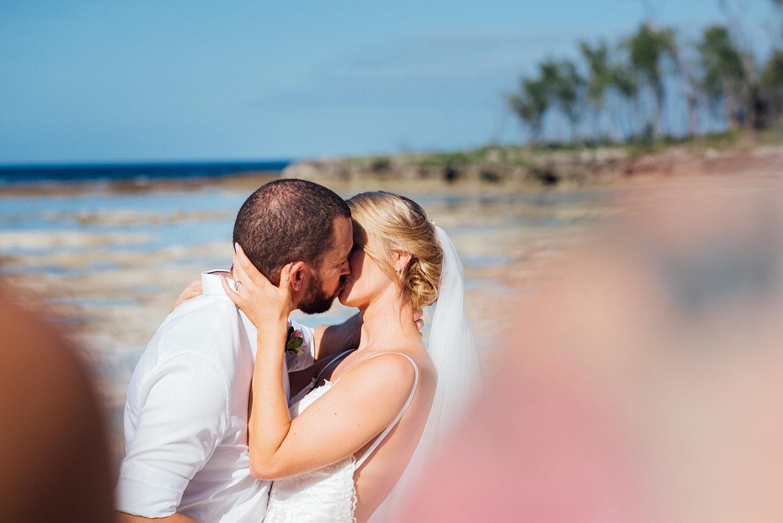 Jess&Luke-wedding-Vanuatu-Groovy-Banana_0023.jpg