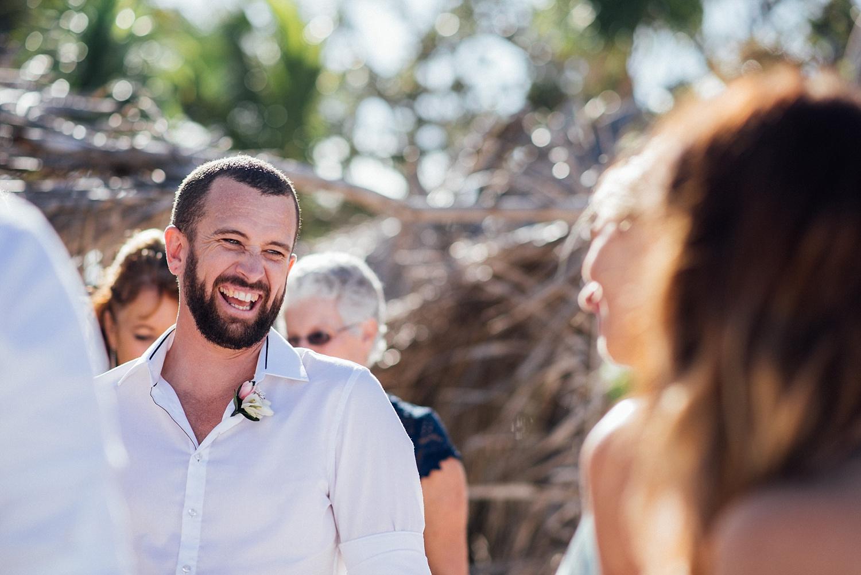 Jess&Luke-wedding-Vanuatu-Groovy-Banana_0052.jpg