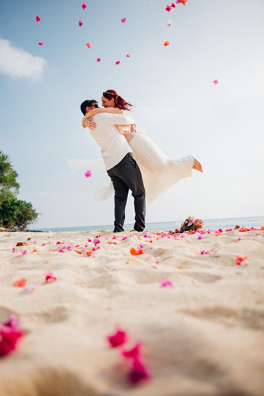 Kym&Lee-Wedding-Photography-Vanuatu-Eratap_0034.jpg