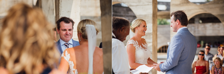 Emma-Andrew-WeddingPhotography-VillaChampagne-Evrisamting-GroovyBanana-VanuatuPhotographers_0012.jpg