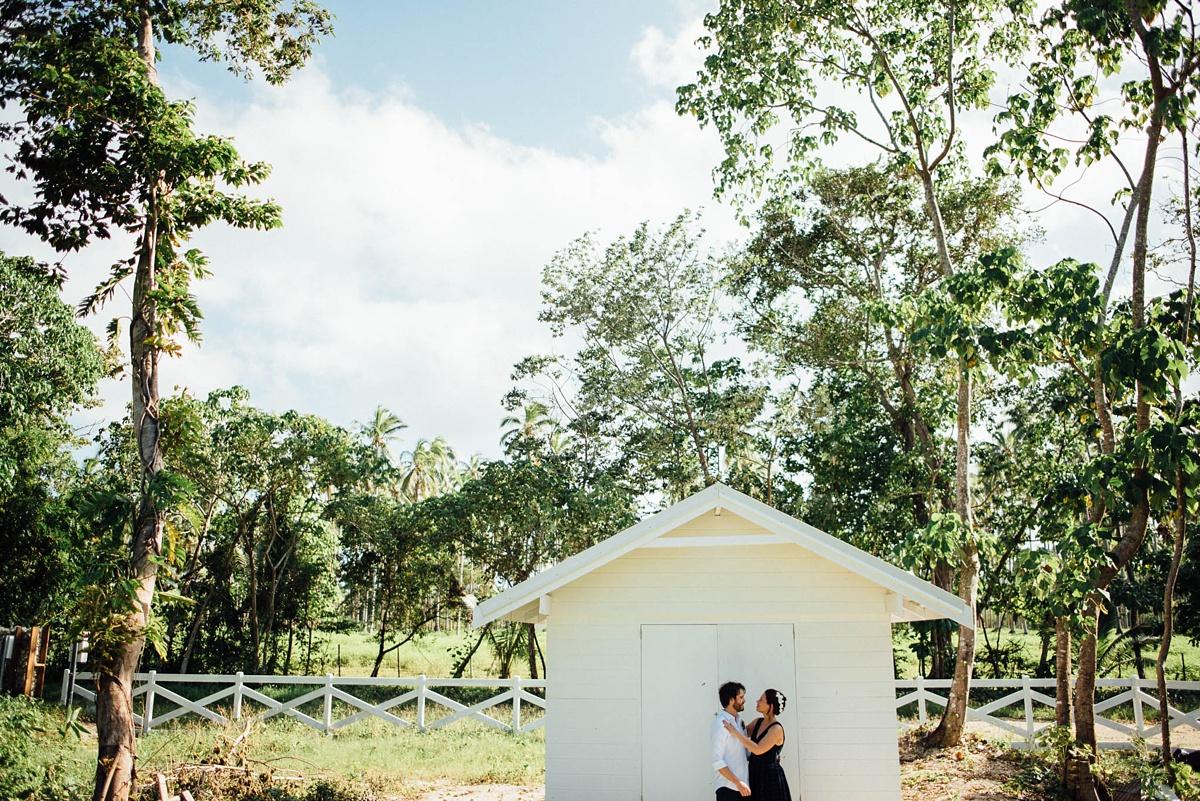 rachel-chris-wedding-santo-barrer-reef-house_0012.jpg