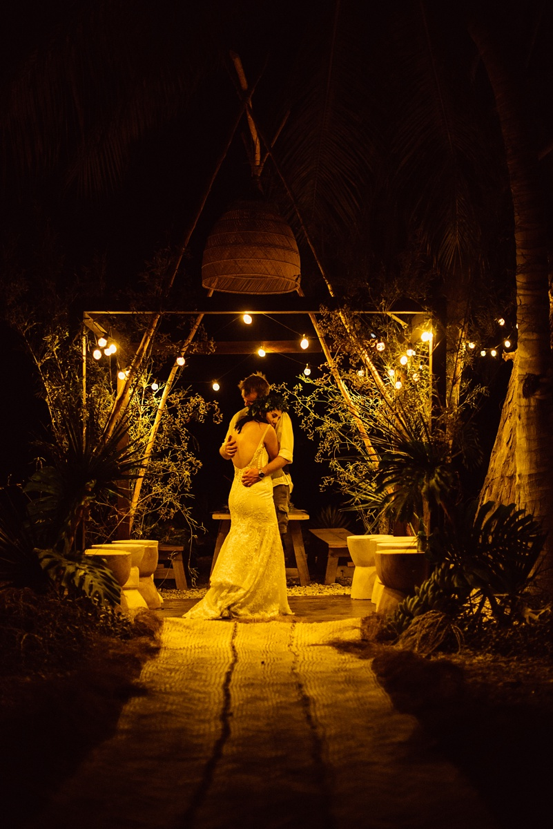 gavin-taylor-wedding-trees-and-fishes-havannah-vanuatu-groovy-banana-75.jpg