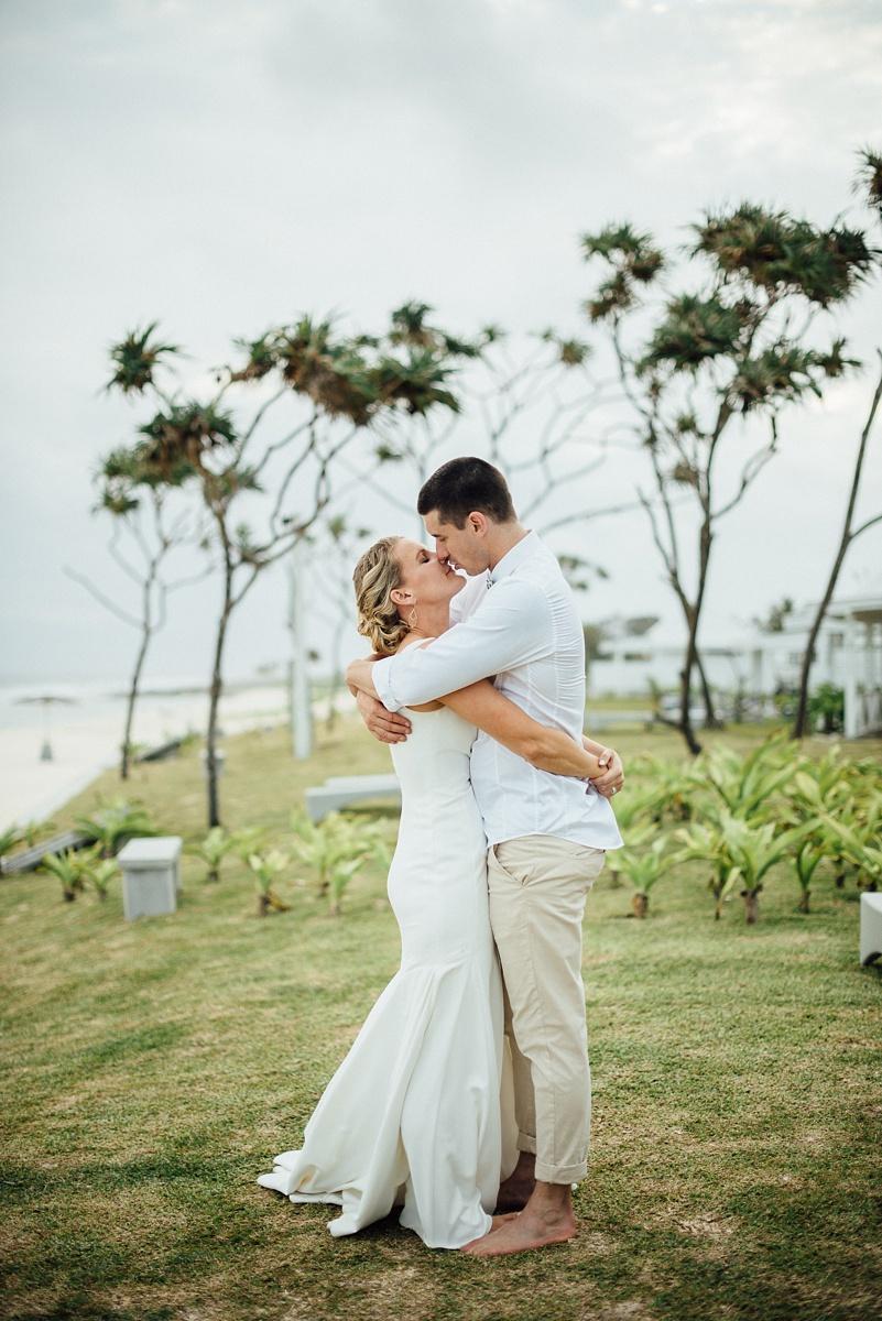 mark-kate-wedding-tamanu-vanuatu-groovy-banana-41.jpg