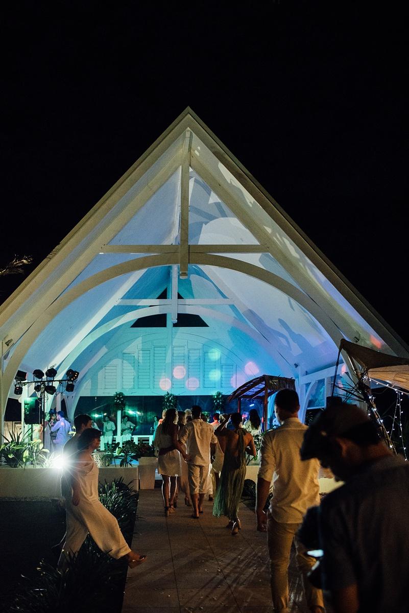 mark-kate-wedding-tamanu-vanuatu-groovy-banana-55.jpg
