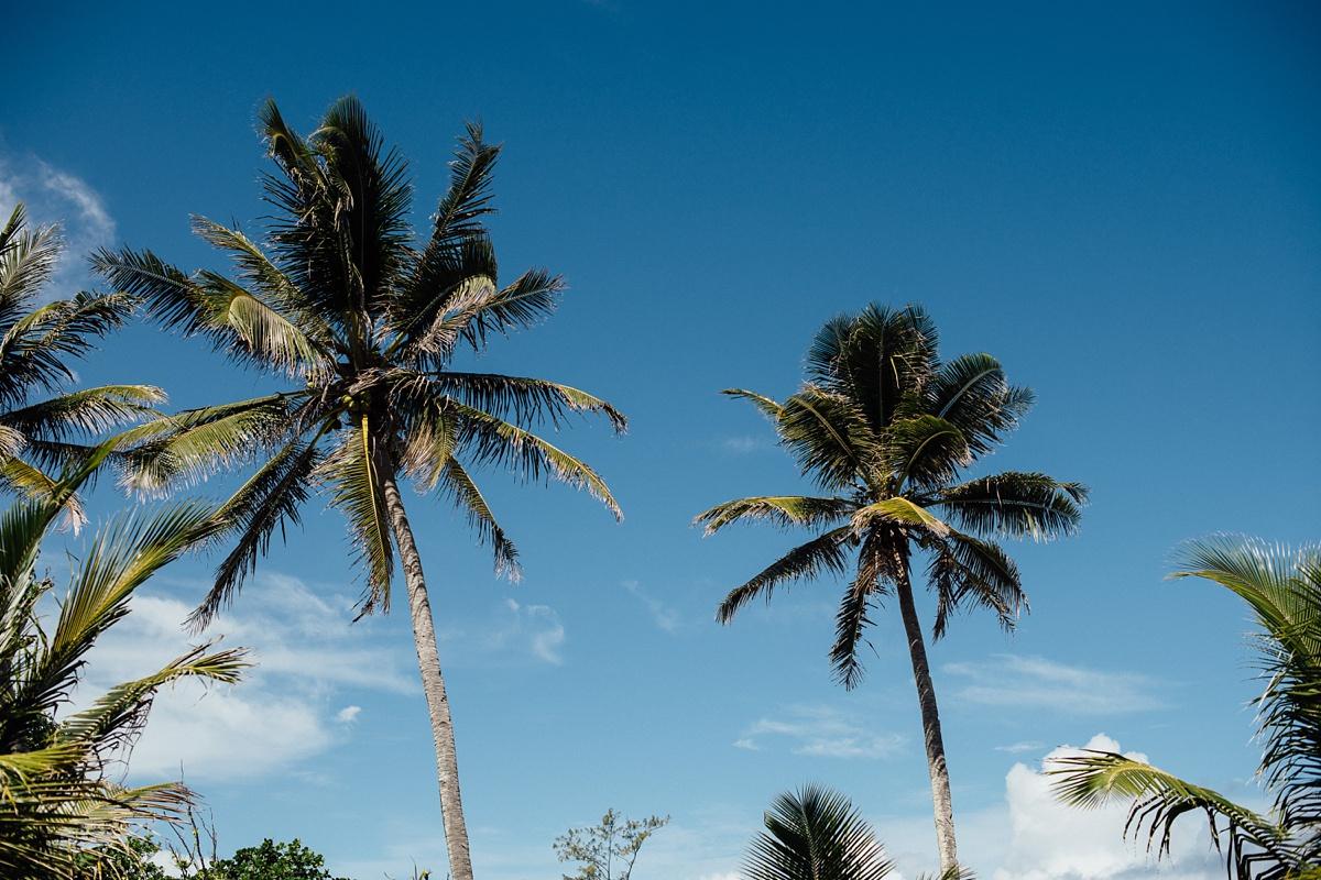 ryck-nyra-wedding-tamanu-on-the-beach-vanuatu-groovy-banana_0001.jpg
