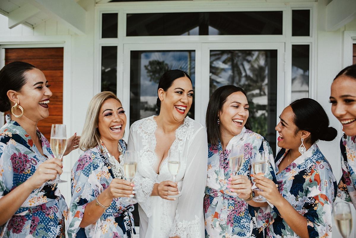 ryck-nyra-wedding-tamanu-on-the-beach-vanuatu-groovy-banana_0012.jpg