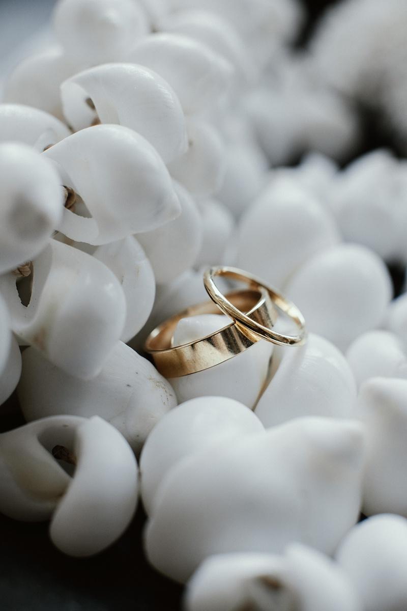 ryck-nyra-wedding-tamanu-on-the-beach-vanuatu-groovy-banana_0015.jpg