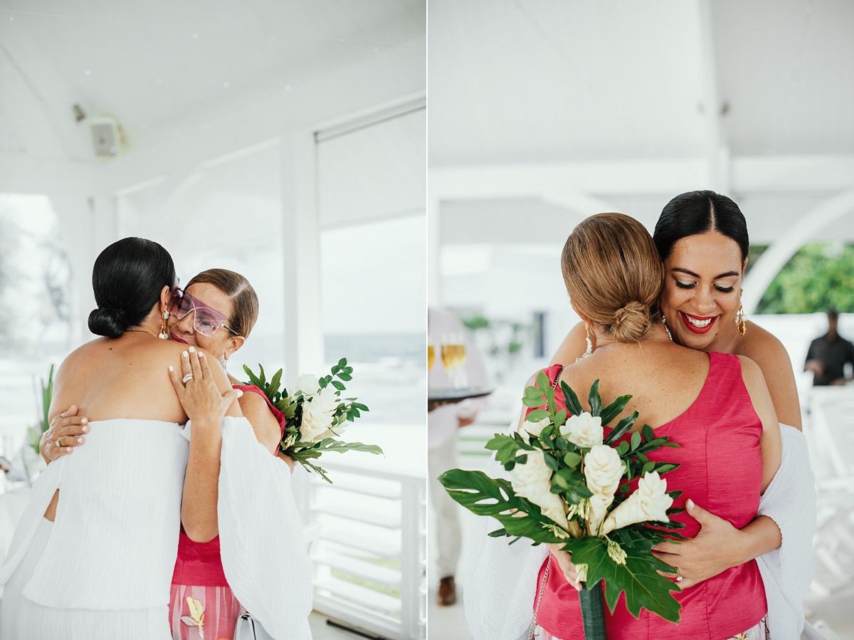 ryck-nyra-wedding-tamanu-on-the-beach-vanuatu-groovy-banana_0028.jpg