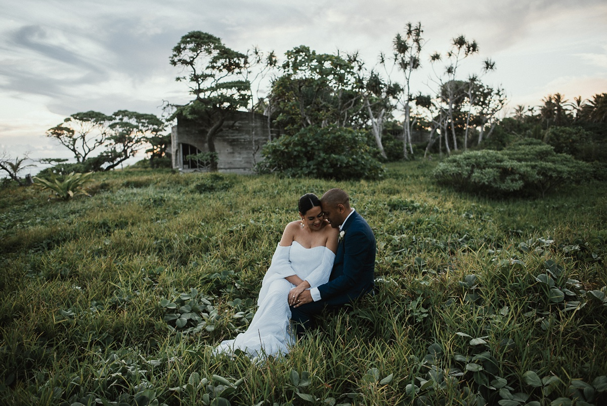 ryck-nyra-wedding-tamanu-on-the-beach-vanuatu-groovy-banana_0043.jpg