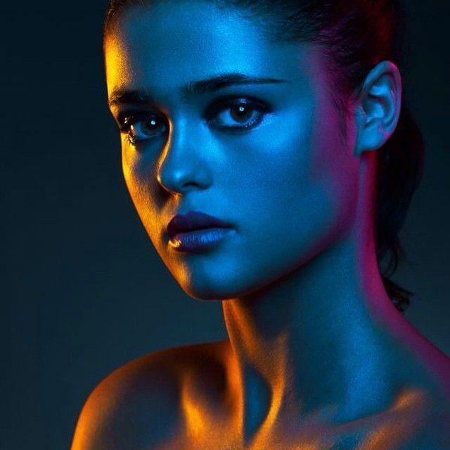 vibrant_color_gel_portrait_photography_3.jpg