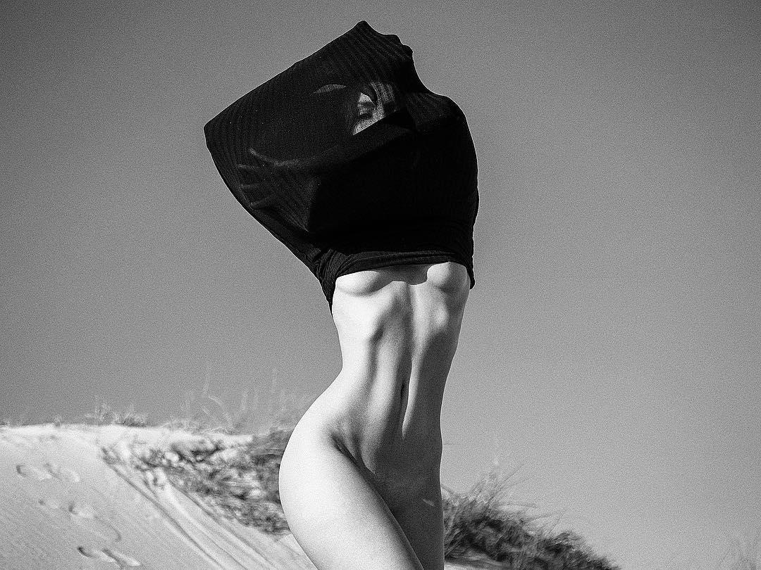 beautiful_black_and_white_portrait_photography_6.jpg