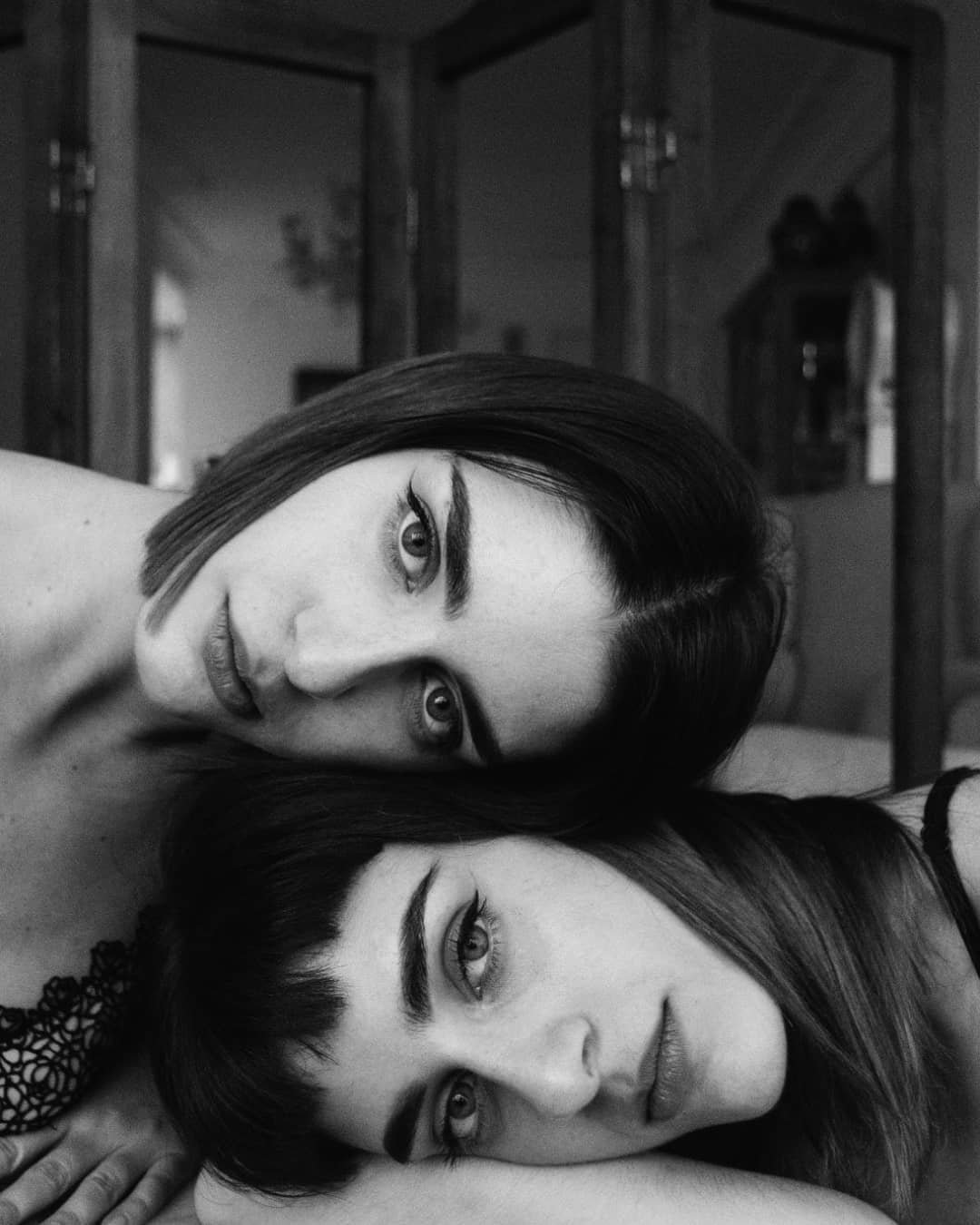 beautiful_black_and_white_portrait_photography_34.jpg