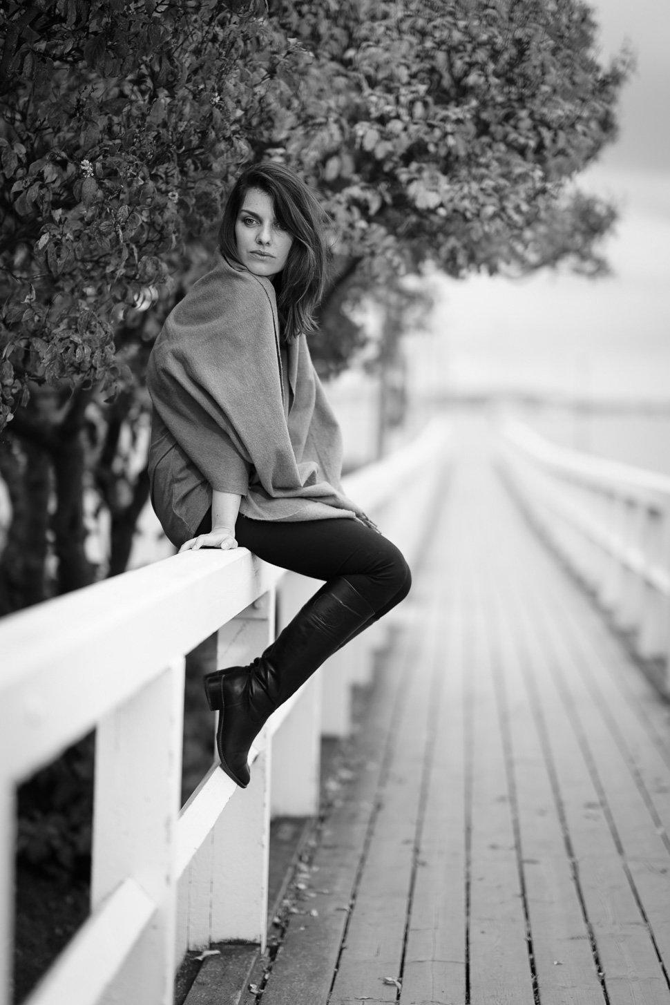 beautiful_black_and_white_portrait_photography_68.jpg