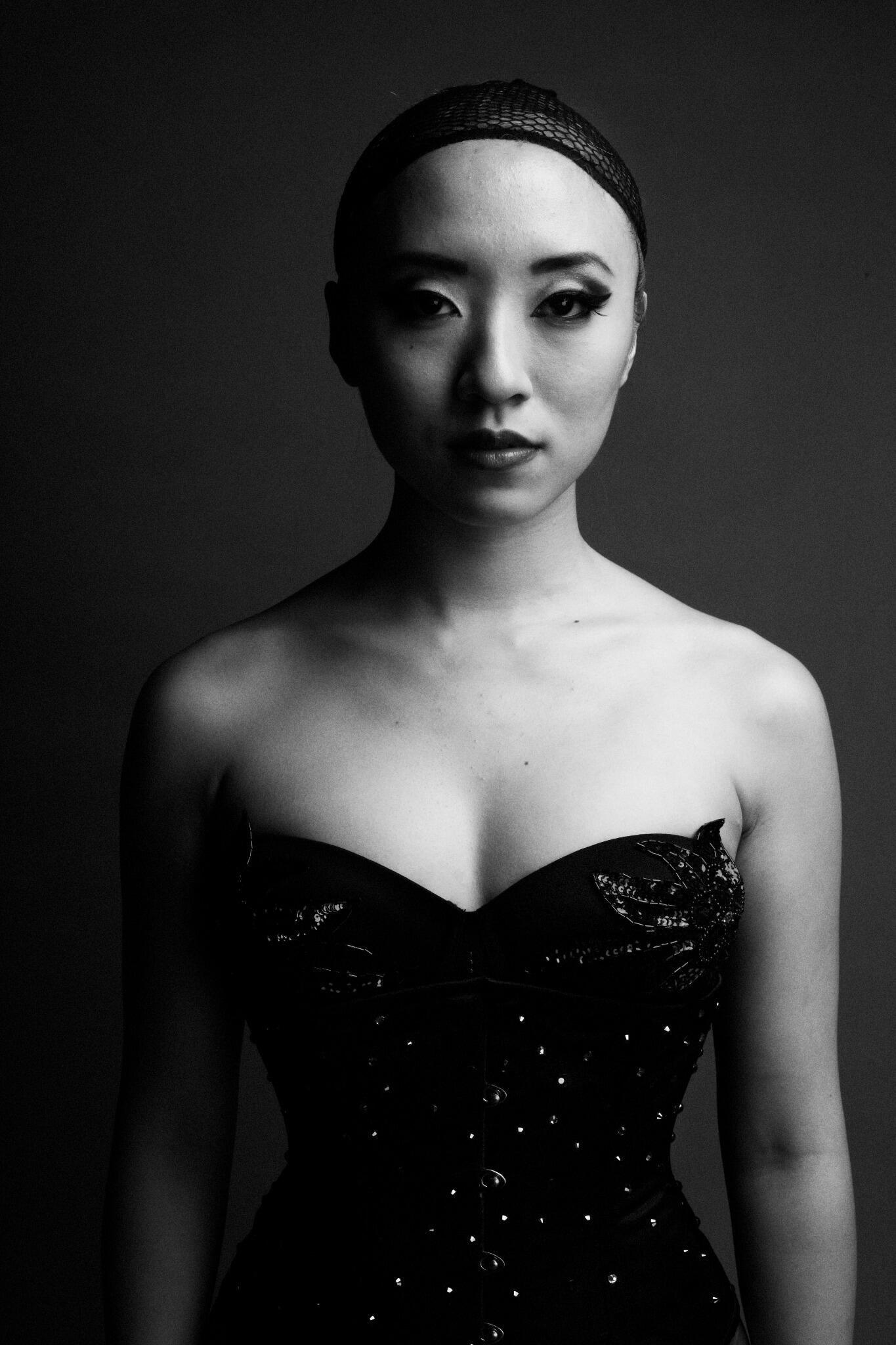 beautiful_black_and_white_portrait_photography_76.jpg