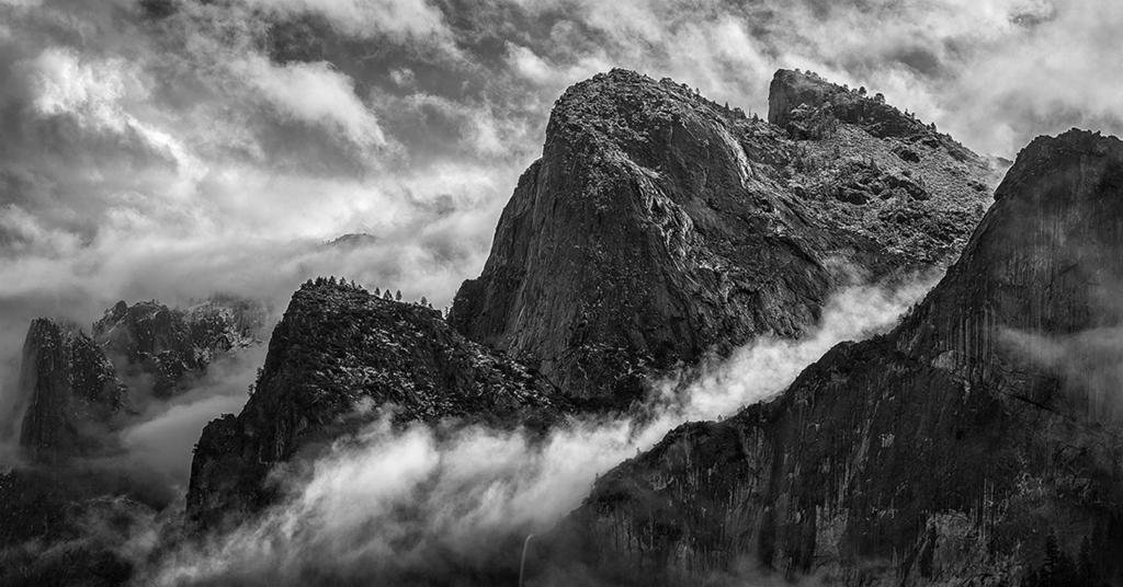 black_and_white_landscape_photography_25.jpg