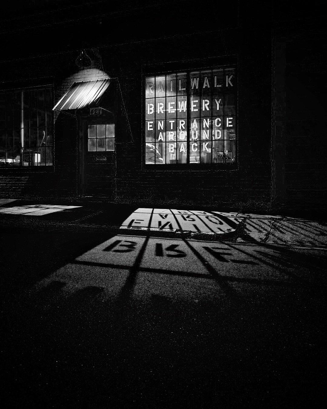 black_and_white_street_photography_1.jpg