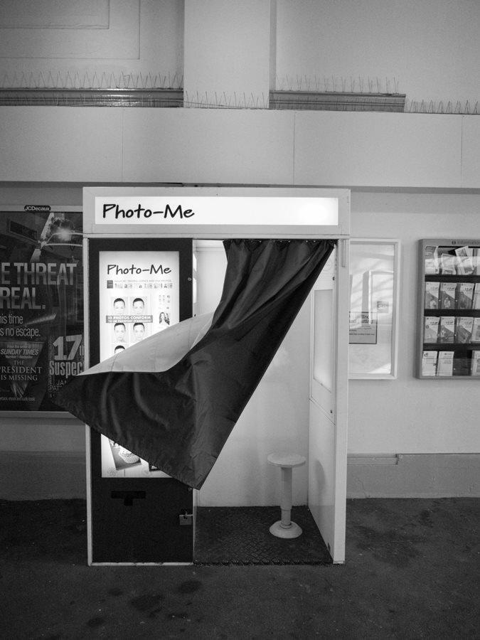 black_and_white_street_photography_12.jpg