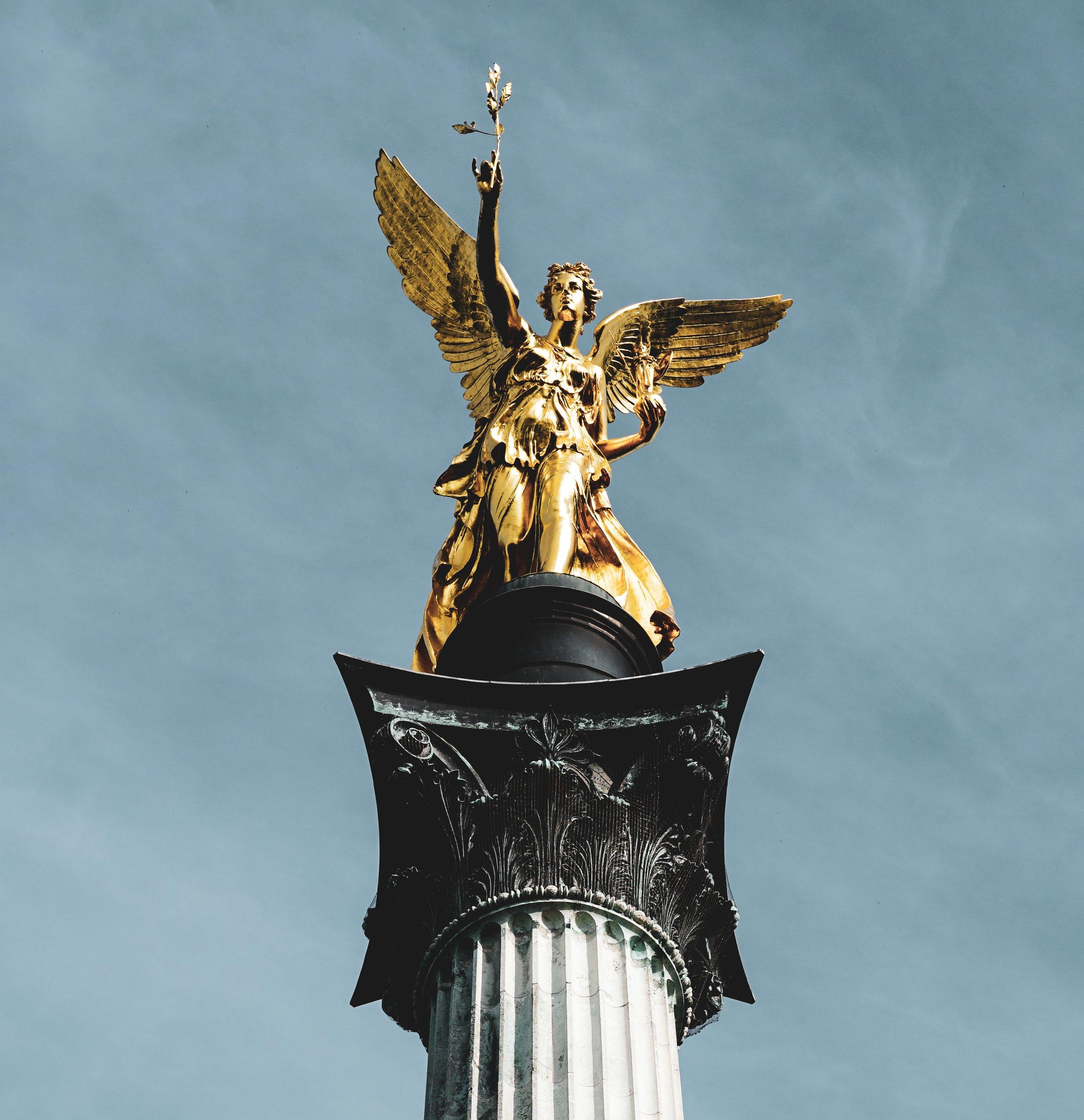 ancient-angel-of-peace-art-1748812.jpg