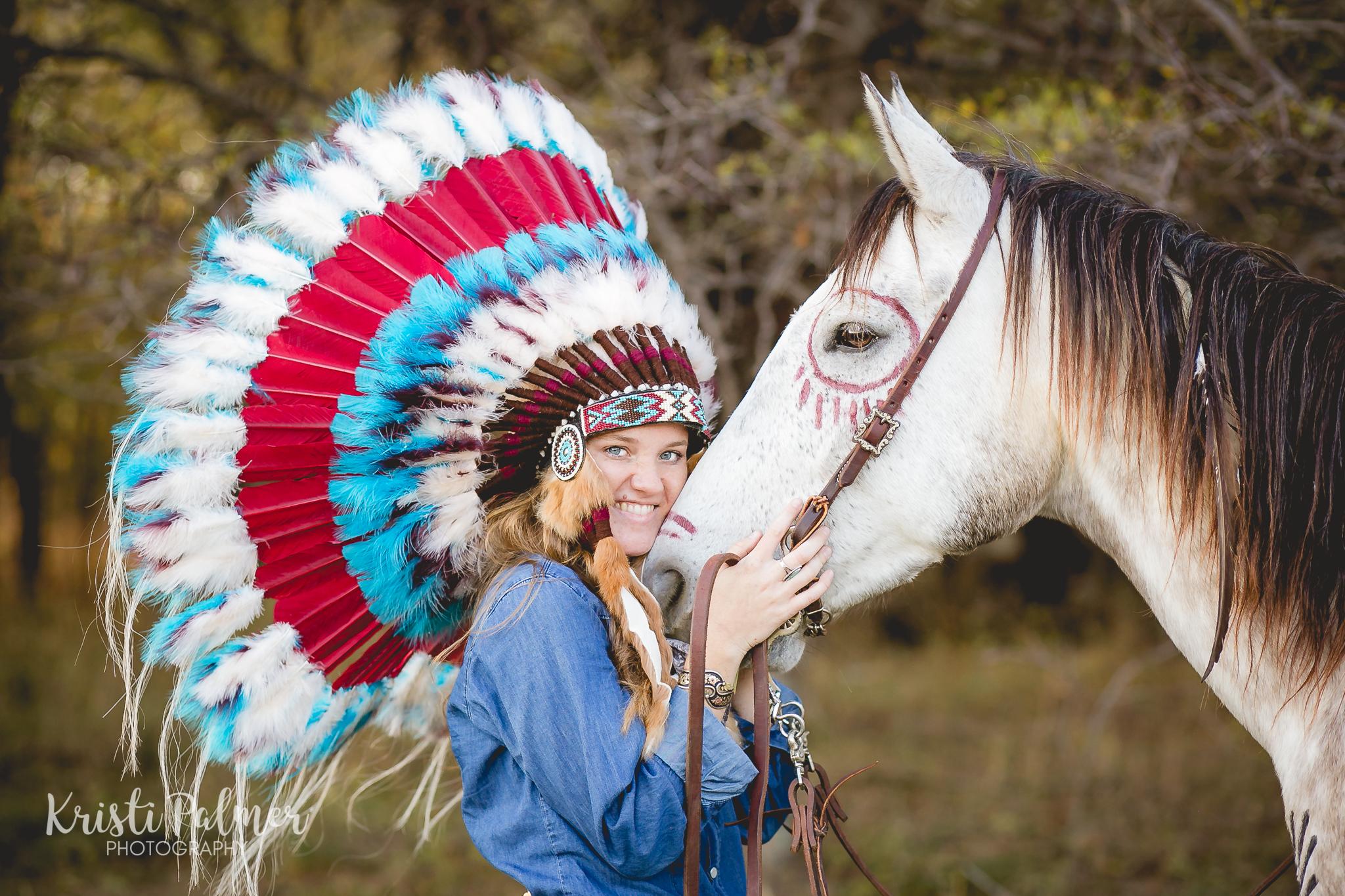 senior girl photo with horse and headdress