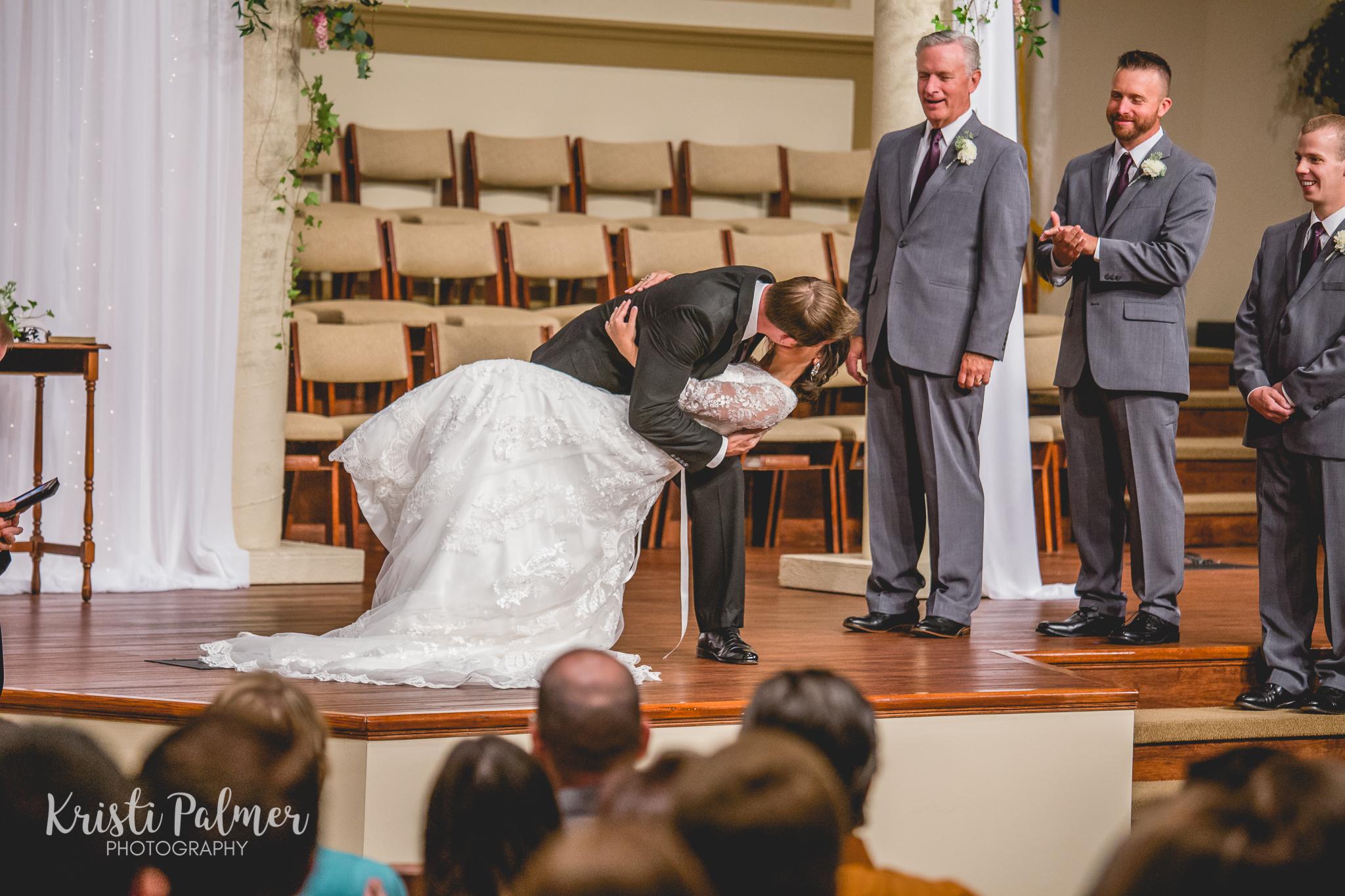 wedding kiss wedding ceremony tulsa