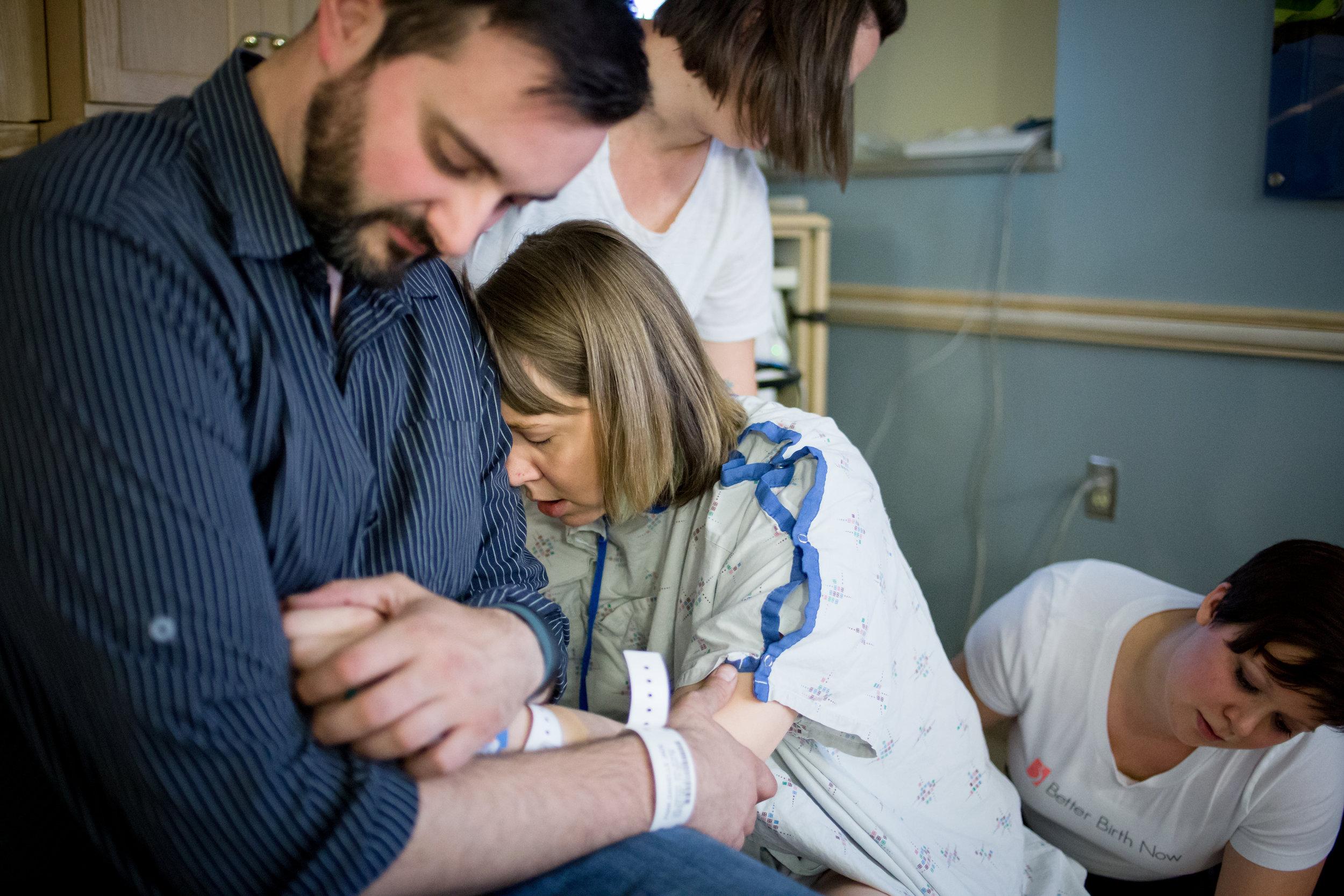 mom in labor hospital birth