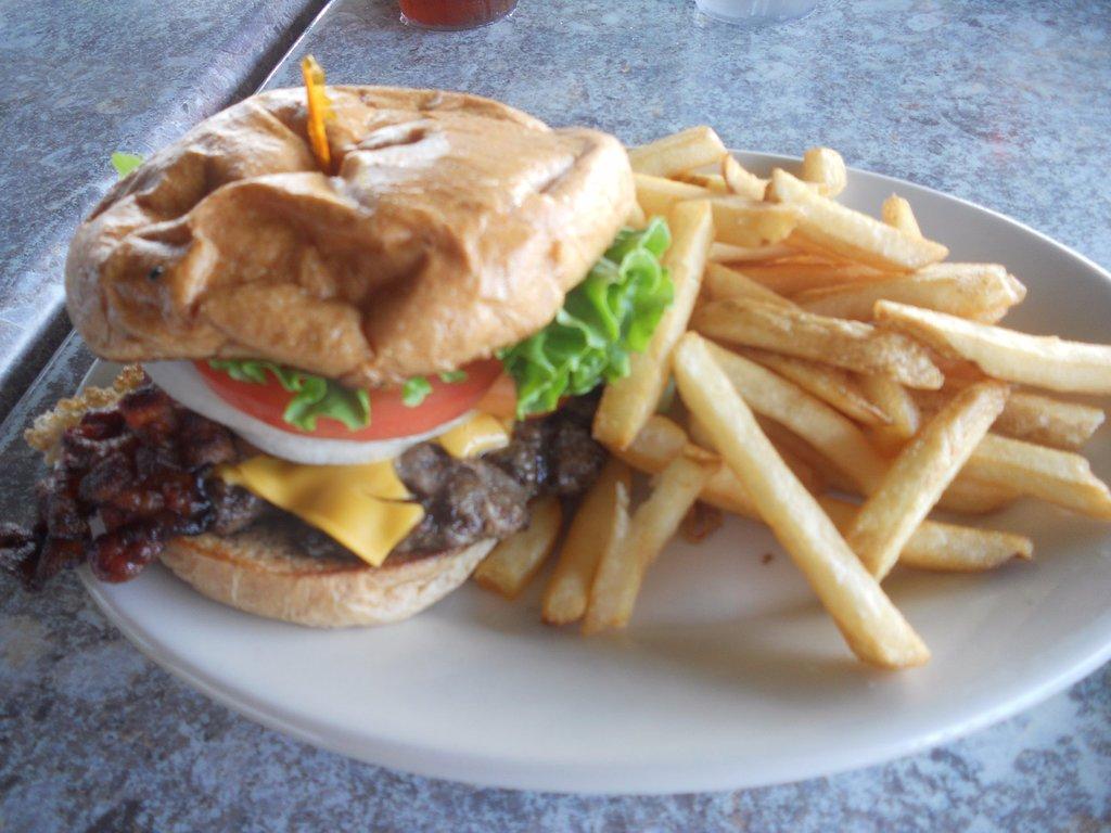 my-bacon-cheese-burger.jpg