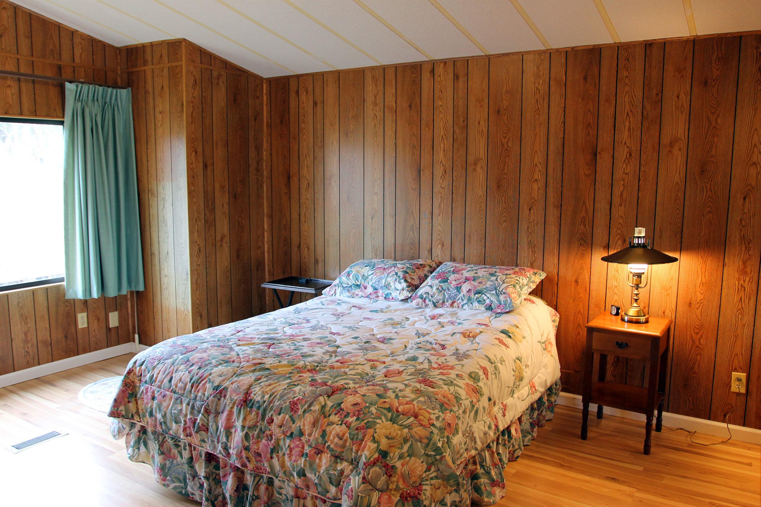 bedroom-minor.jpg