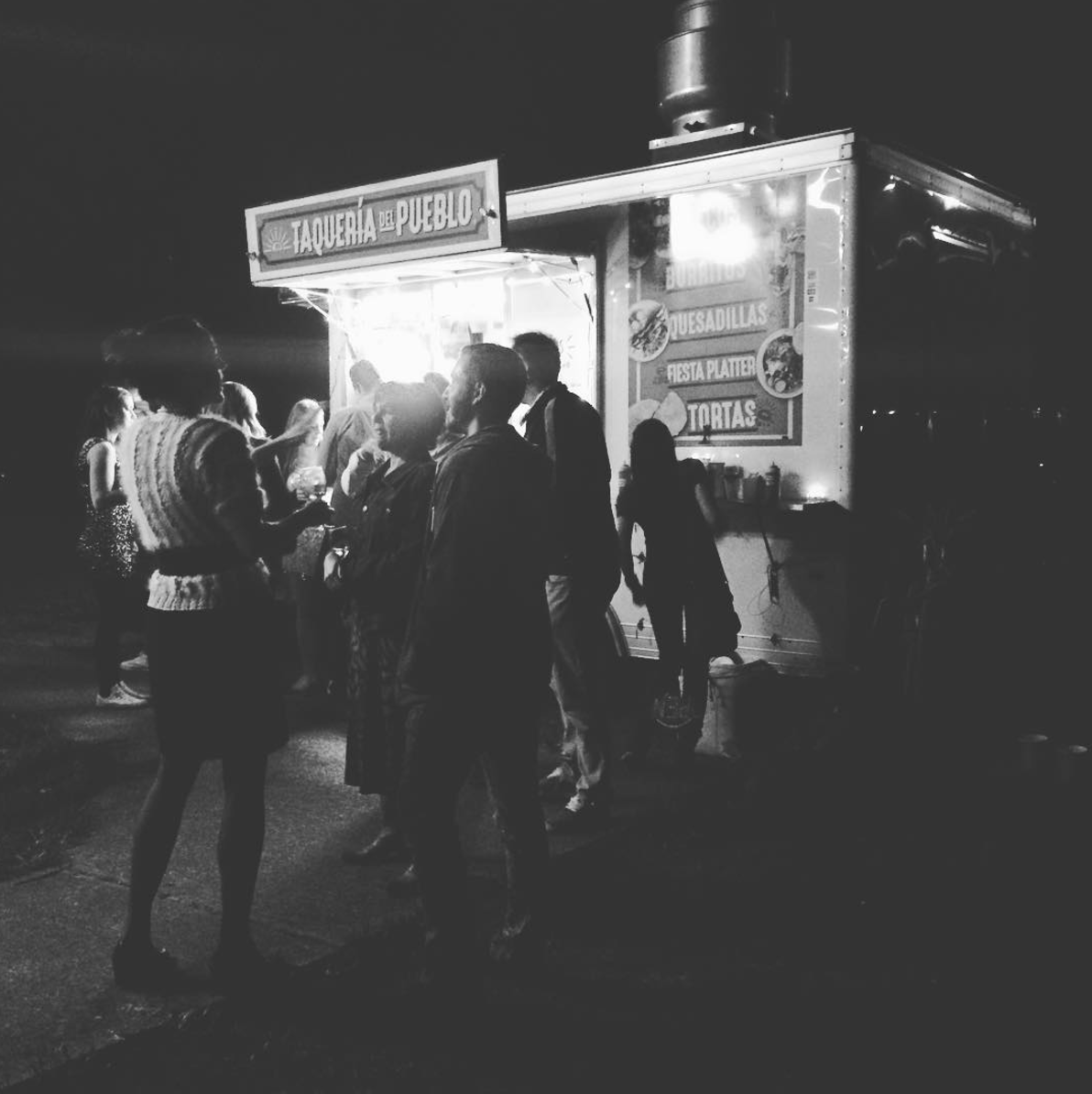 food truck wedding catering, wedding catering, affordable wedding catering, mexican wedding catering, backyard wedding catering, casual wedding catering