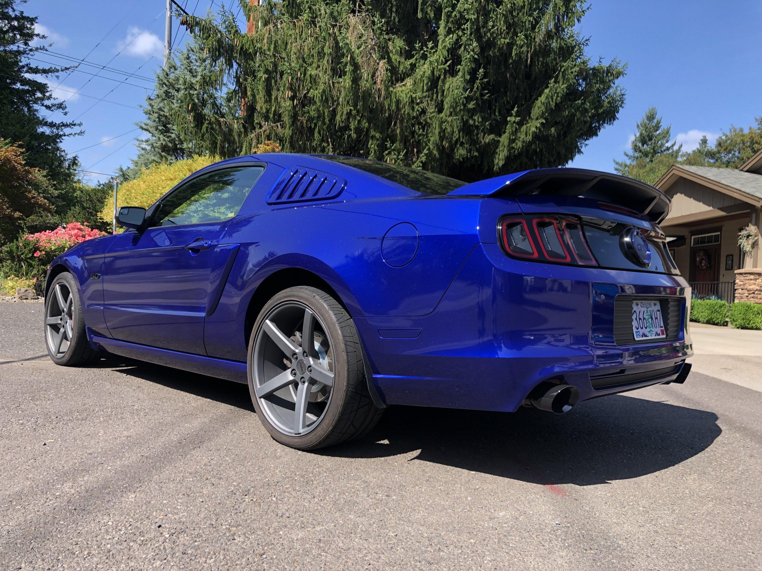 San Marino Blue w/ Holo Flake AutoFlex Gloss