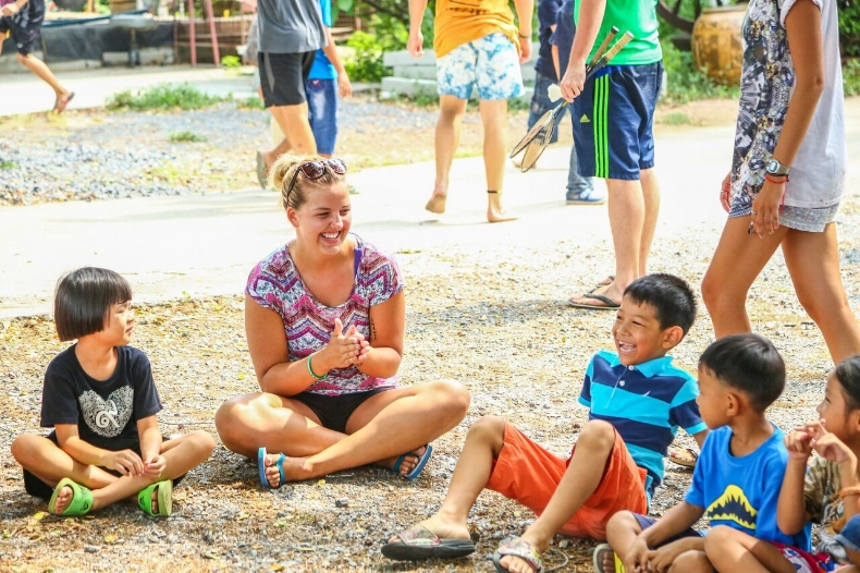 Volunteer Day at Peetims Homestay in Singburi, Thailand