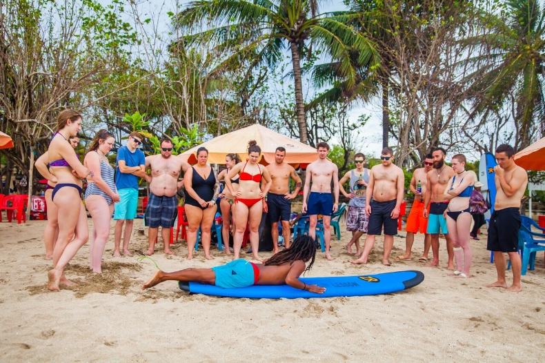 LBW Surf Lesson In Kuta