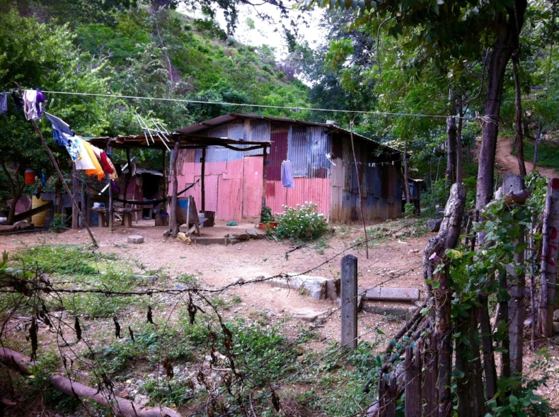 Home being built in Nicaragua.