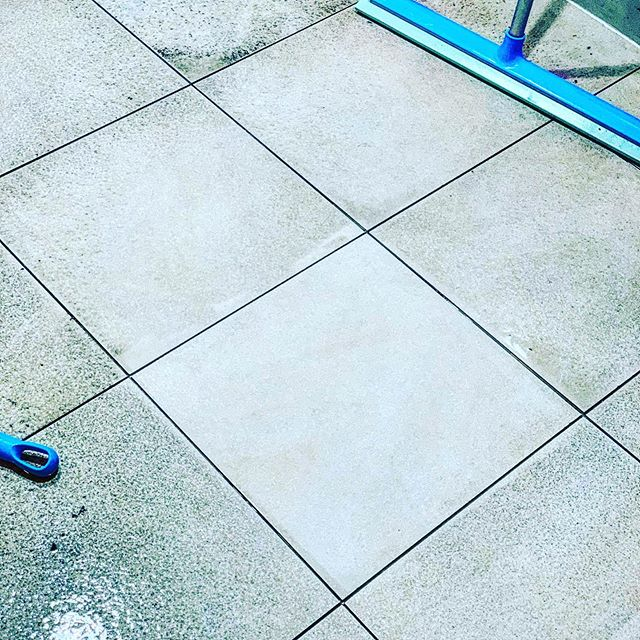 Deep cleaning team had a Hard floor clean last night at Legoland Windsor - challenging swimming pool floor with Limescale and dirt - but the results we banging #oneteam #notjustcontracts #hardfloorcleaning #cleaning #bwhgroup