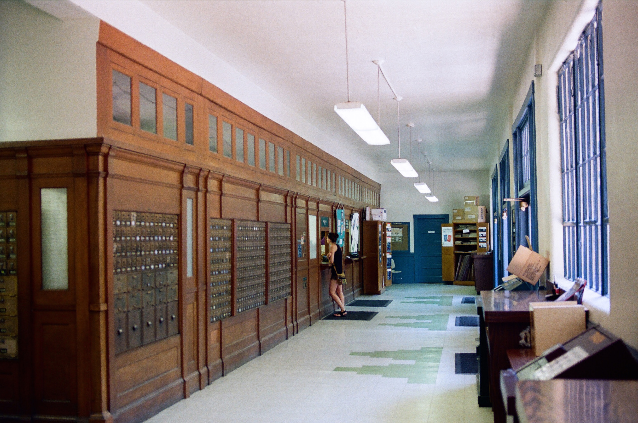 ここはVisitor Centerではなく、Post Office。郵便も出せます。