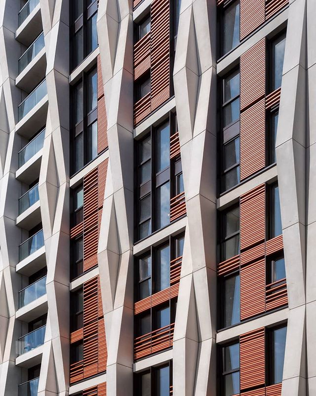 Parker Tower Hexagon Apartments redevelopment by Moxley Architects 2019. . .  #archi_features #architecture_hunter #archdaily #excellent_structure #tv_buildings #arkiminimal #facadelovers #archdaily #art_architecture #ptk_architecture #buildingswow #raw_architecture #tv_leadinglines #srs_buildings #archilovers #lookingup_architecture #arkiromantix #archi_unlimited #architecture_london #archi_focus_on #facades #ig_ometry #pocket_architecture #creative_architecture #parkertower