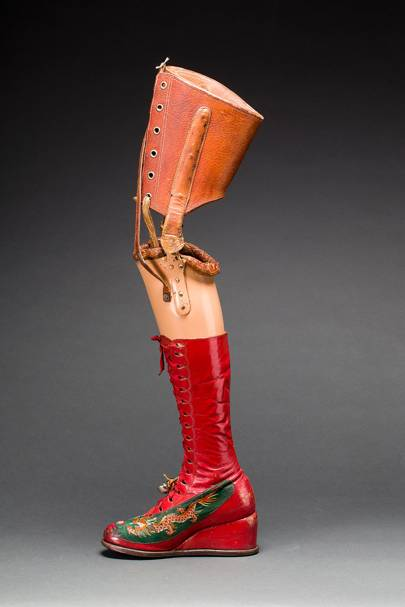 prosthetic-leg-with-leather-boot.jpg