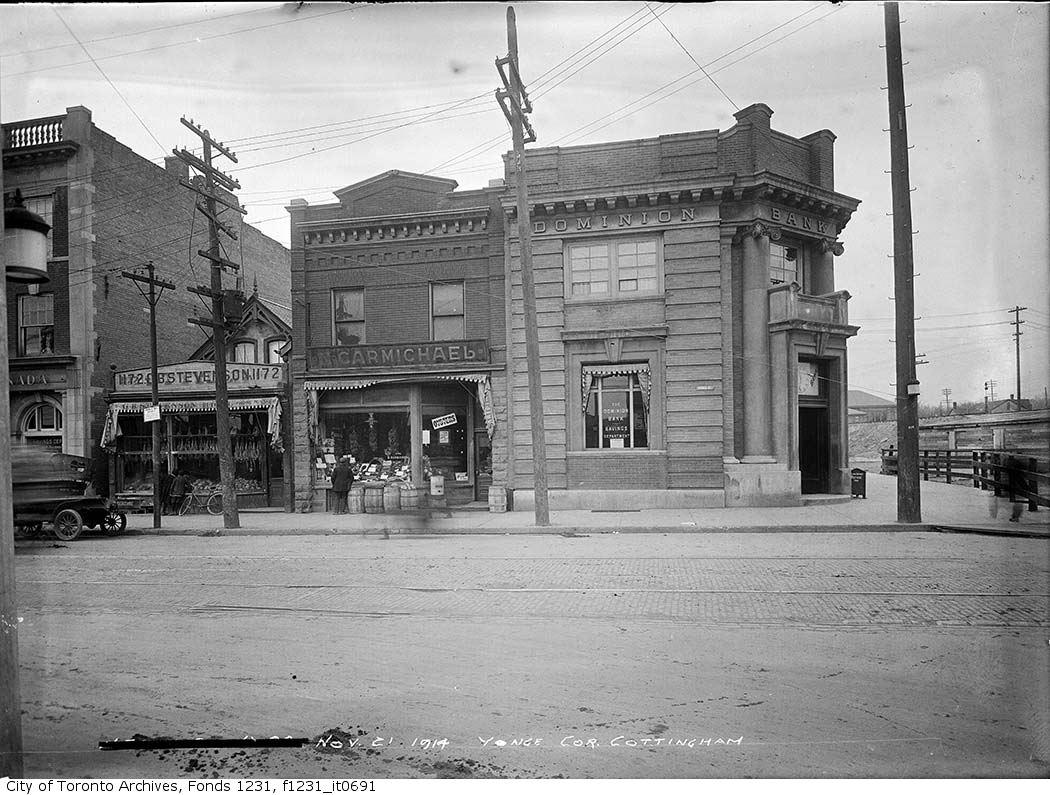 141121Southwest-corner-of-Yonge-and-Cottingham-streets-Dominion-Bank.jpg