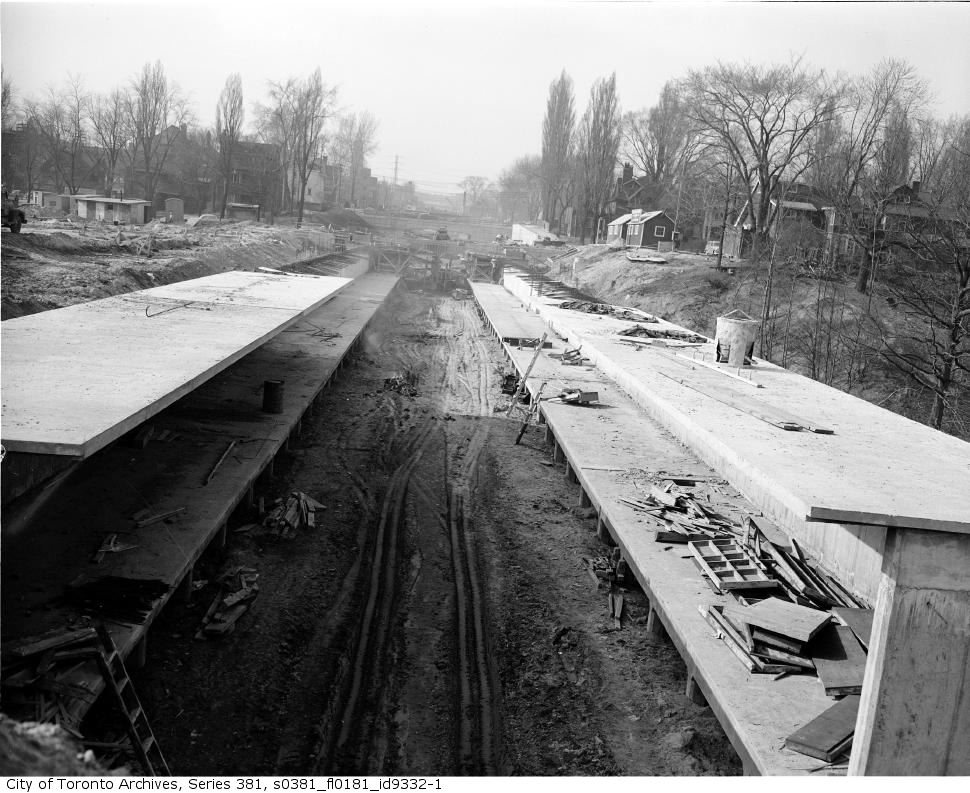 520725Pleasant-Road-station-from-Aylmer-Avenue-bridge.jpg