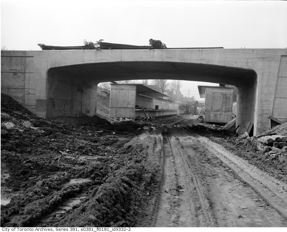 520725Pleasant-Road-station-from-Aylmer-Avenue-bridge2.jpg